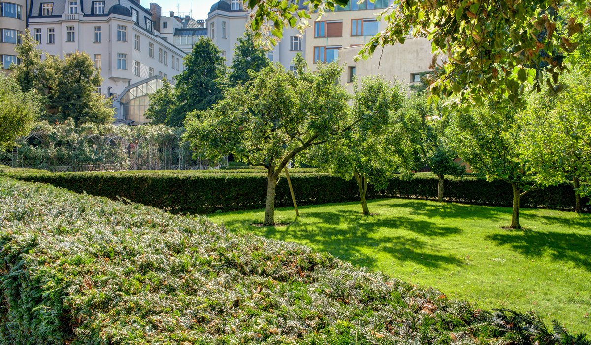 Franciscan Garden - one of the most beautiful gardens in Prague